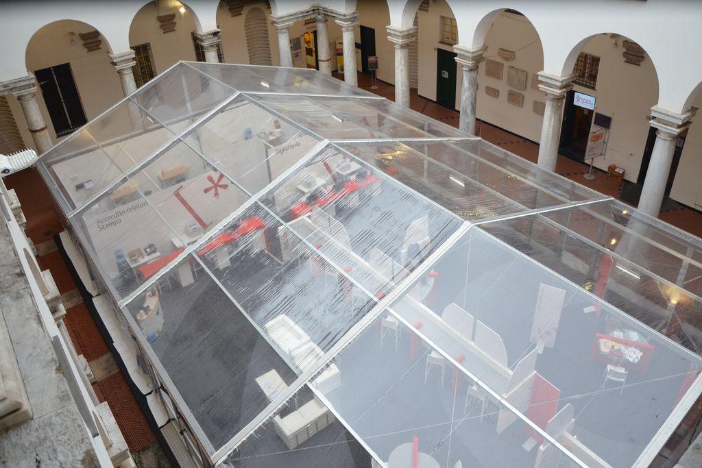 Festival della Scienza allestimento reception struttura